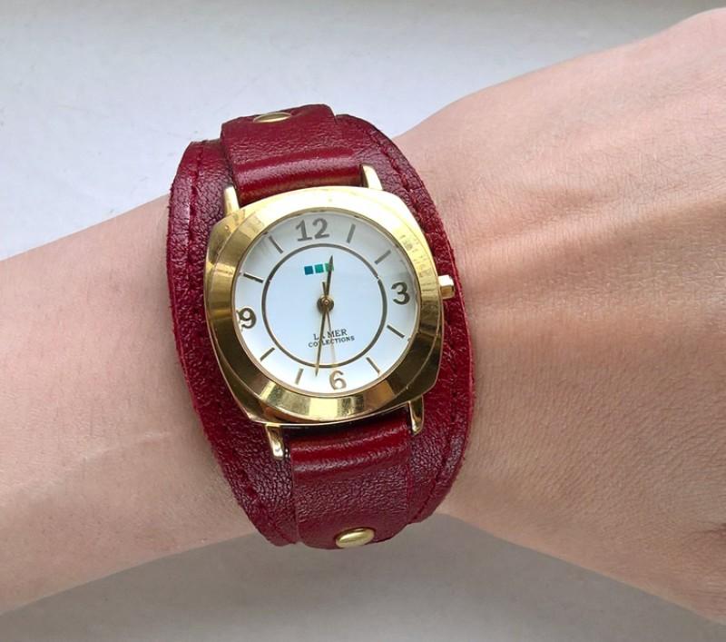 Кожаный браслет для часов