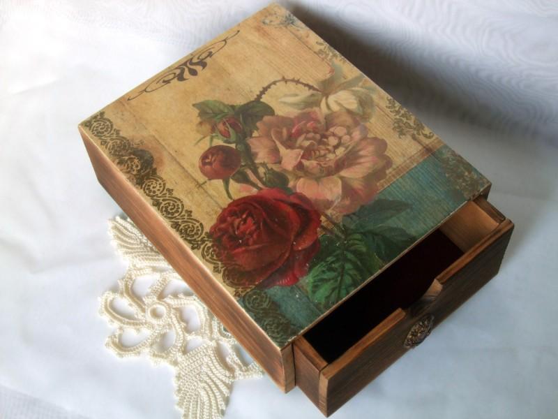 Пенал Испанские розы