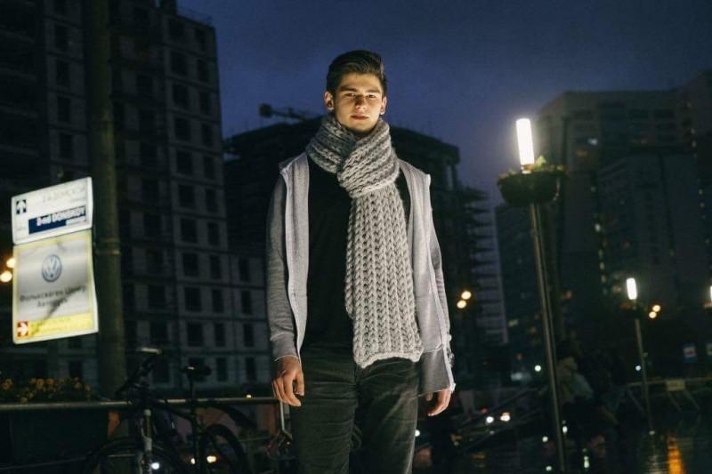 Мужской вязанный шарф