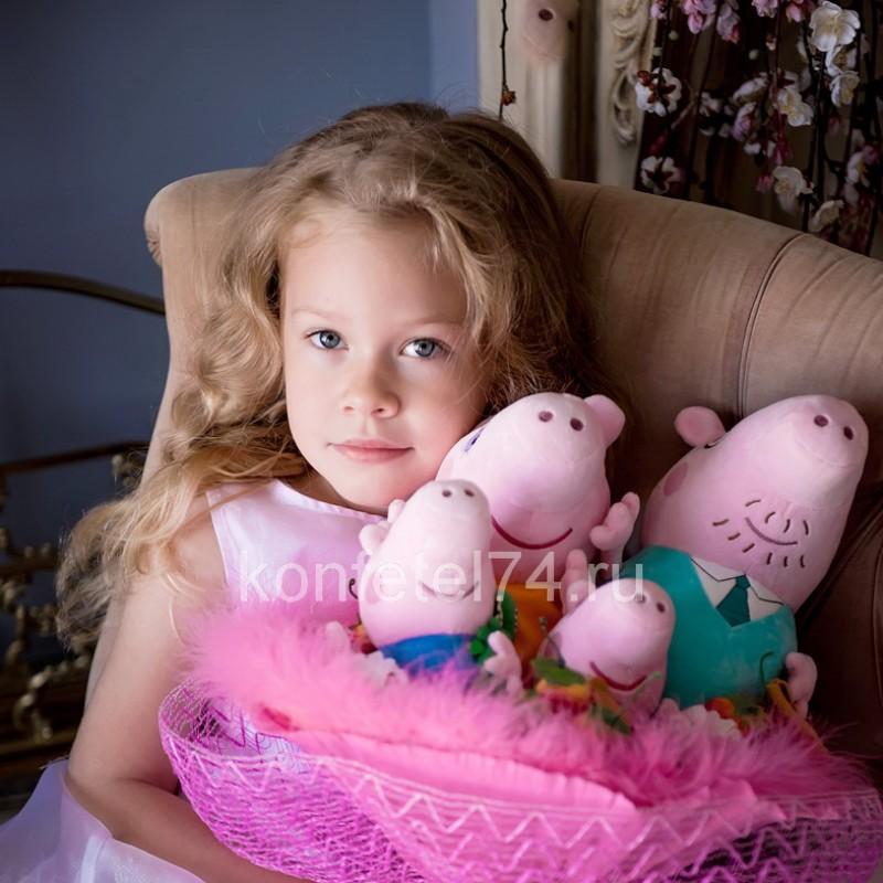 Букет из мягких игрушек хрюшек Свинка Пеппа