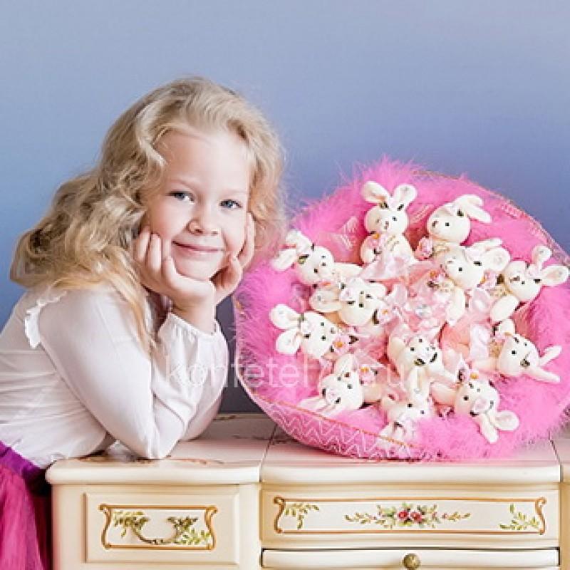 Букет из мягких игрушек Большой букет из зайцев (розовый)