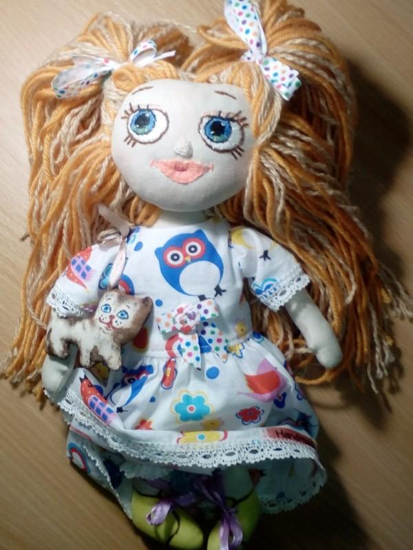 Кукла игровая Ася с Кисой.