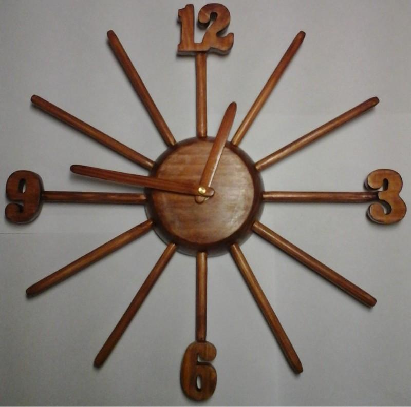 Часы Лучи