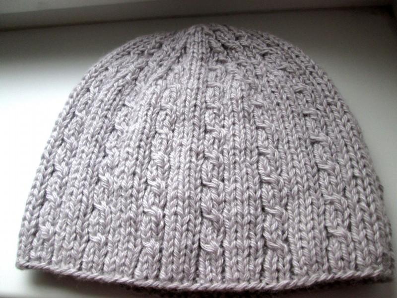 Мужская или женская вязаная шапочка из шерсти. Модель Сохо