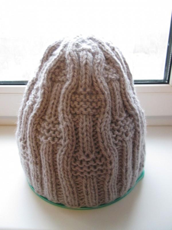 Вязаная шапочка из шерсти мужская или женская. Модель Кэжел