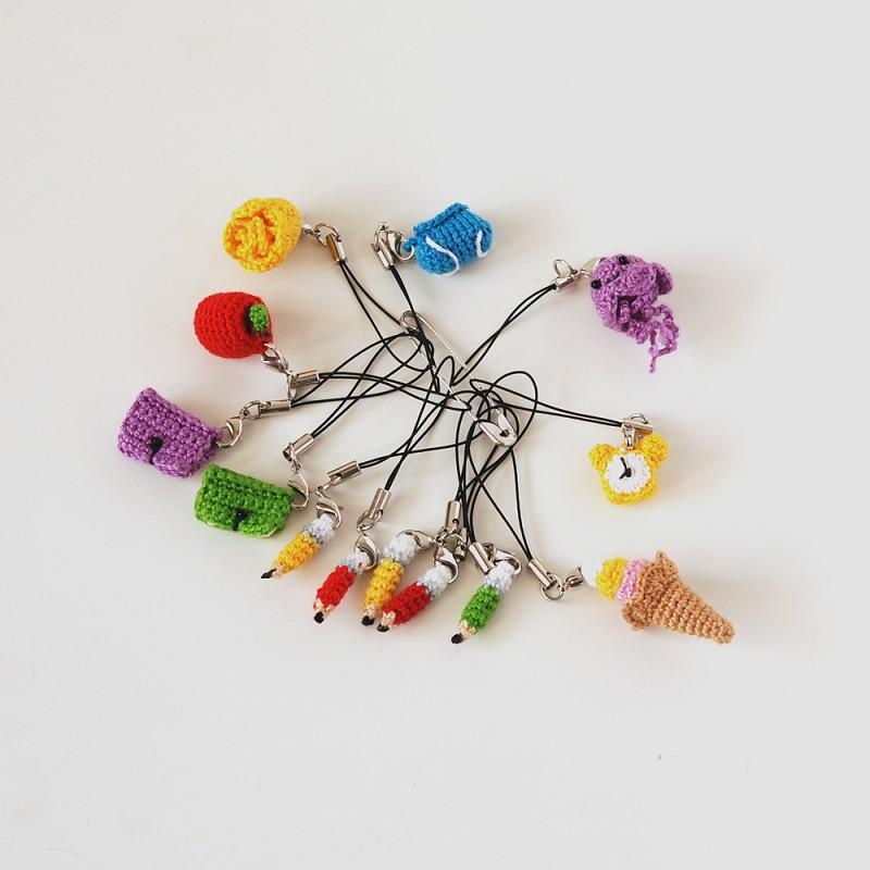 Вязаные брелки амигуруми