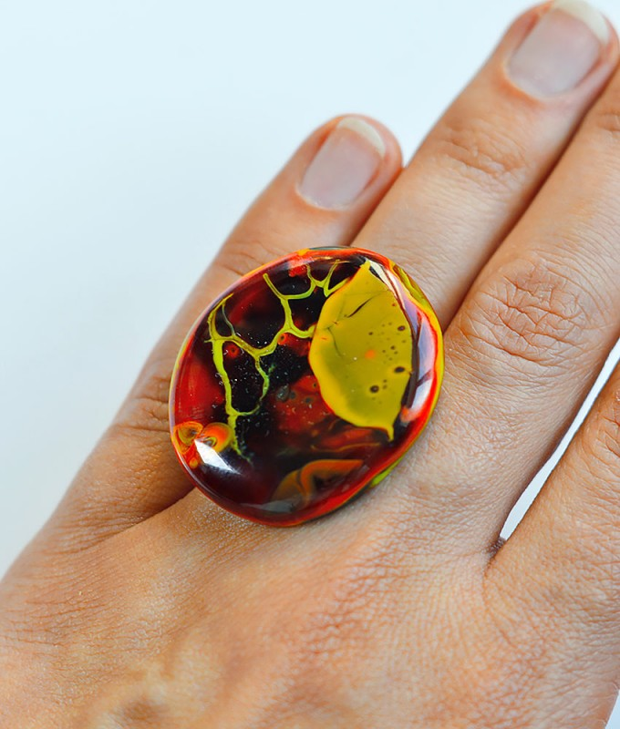 Кольцо из витражного стекла, безрамное