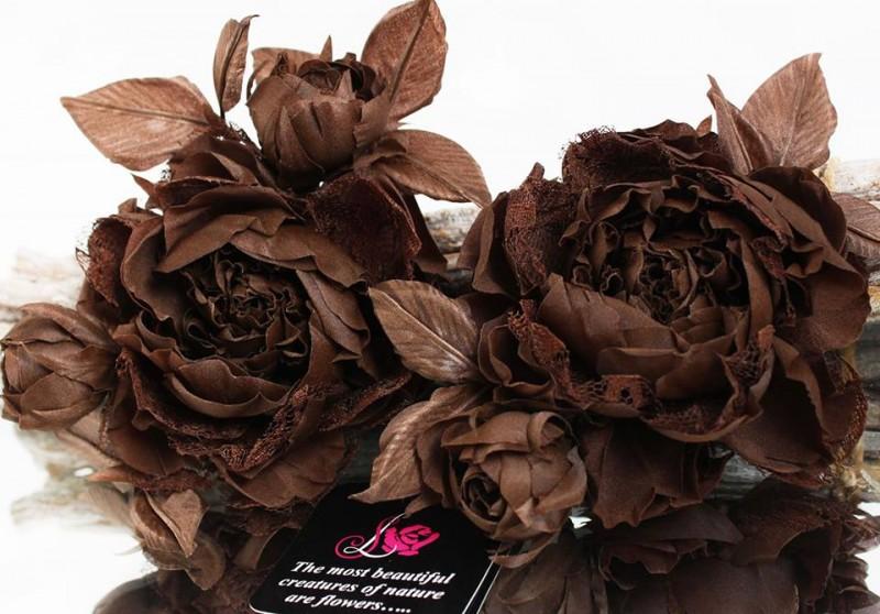 Брошь-роза «Мокко». Цветы из ткани