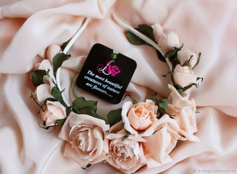 Ободок с шелковыми розами