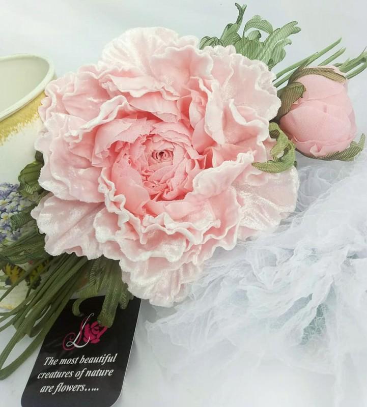 Брошь - заколка пион Розовый бархат. Цветы из ткани
