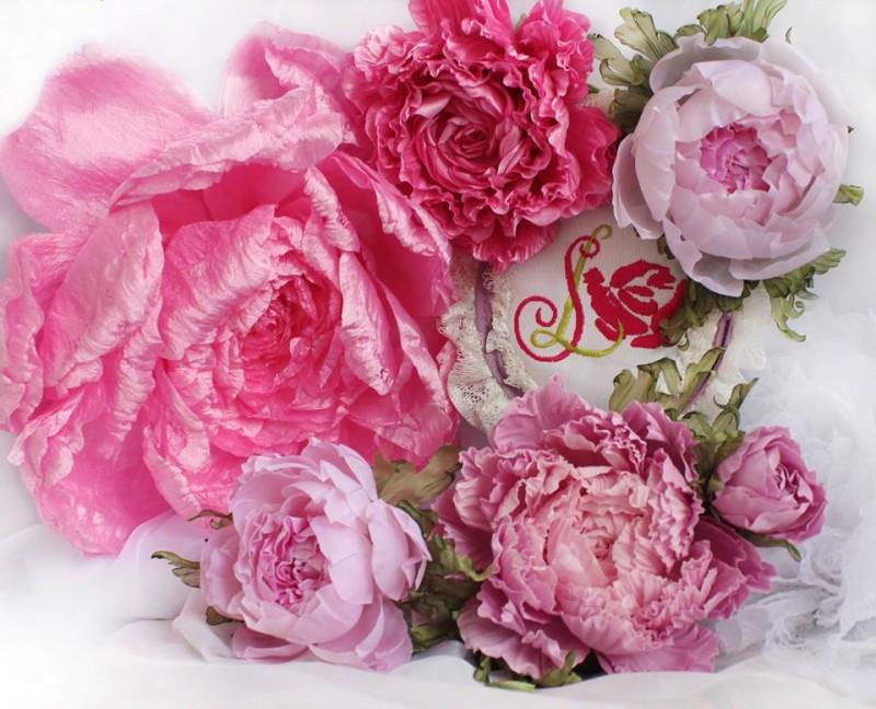 Брошь - заколка Волшебные пионы. Цветы из ткани