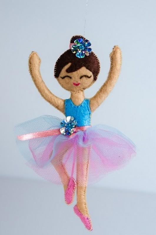 Кукла из фетра Балерина
