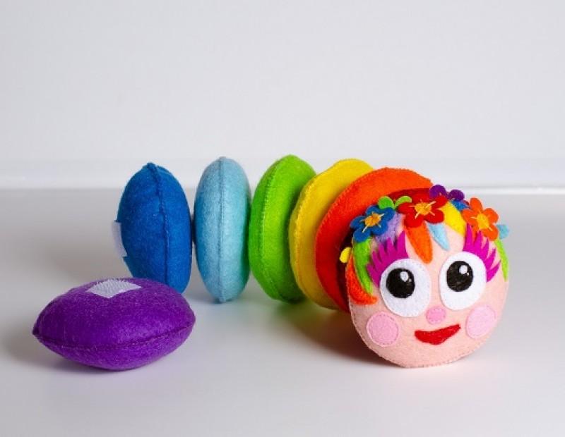 Развивающая игрушка Радужная гусеничка