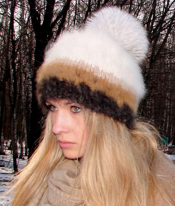 Шапка женская вязанная зимняя «Теплое Обаяние 2» из собачьего пуха.