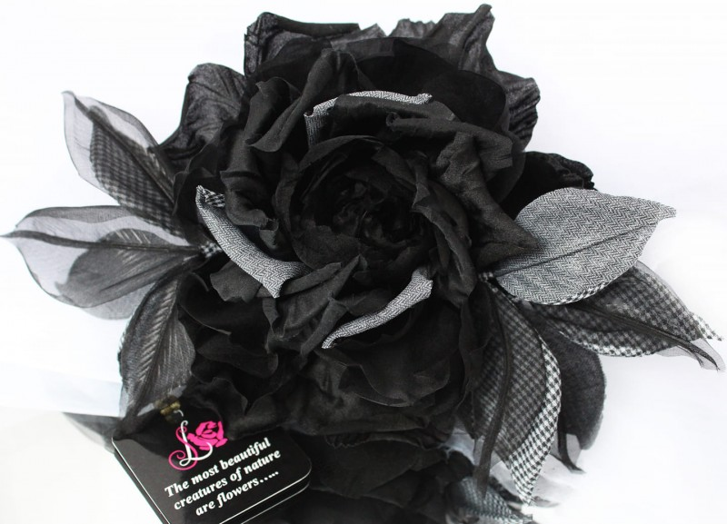 Брошь роза «Вlack Rose». Цветы из ткани