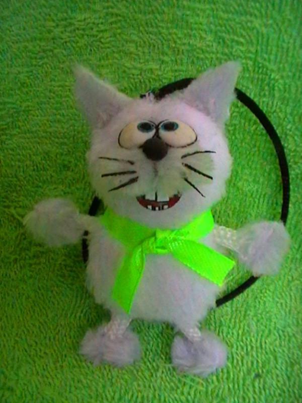 Котик-подвеска
