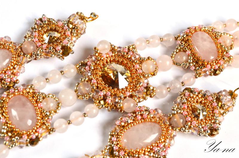 Комплект из бисера и натуральных камней Золотое облако зефира