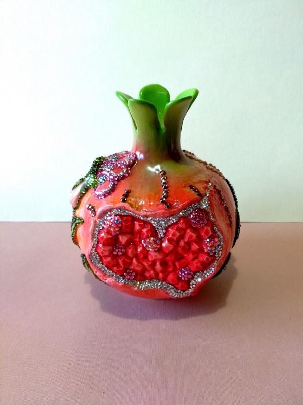 Керамическая ваза Гранат,