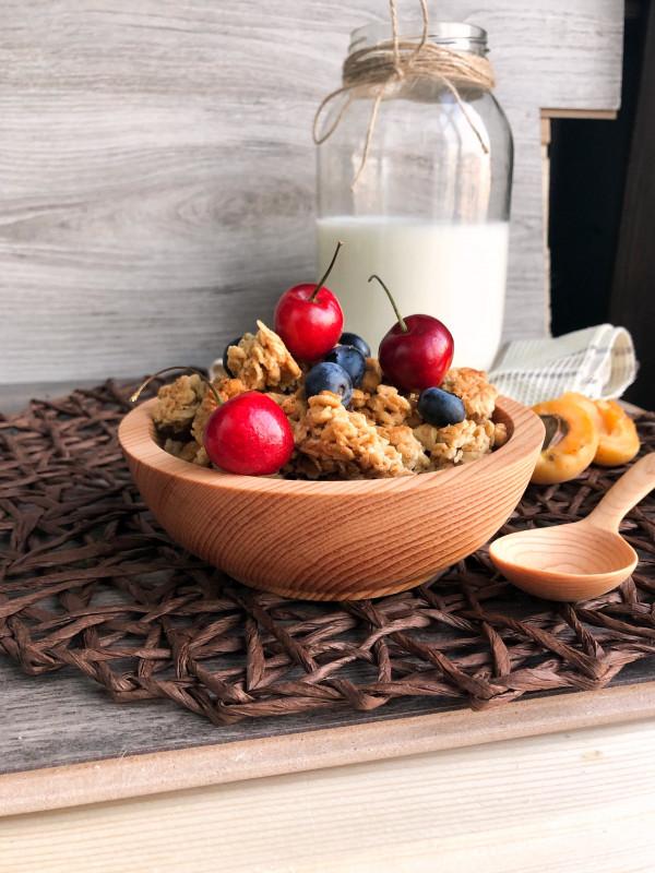 Тарелка с ложкой из сибирского кедра