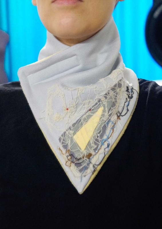Шарф-воротник из флиса и шелковой ткани
