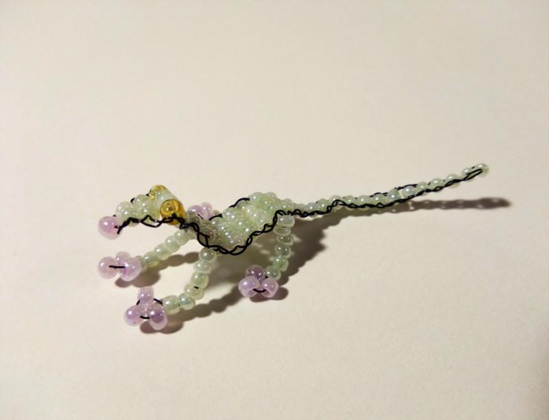 Ящерица бисерная проволочная