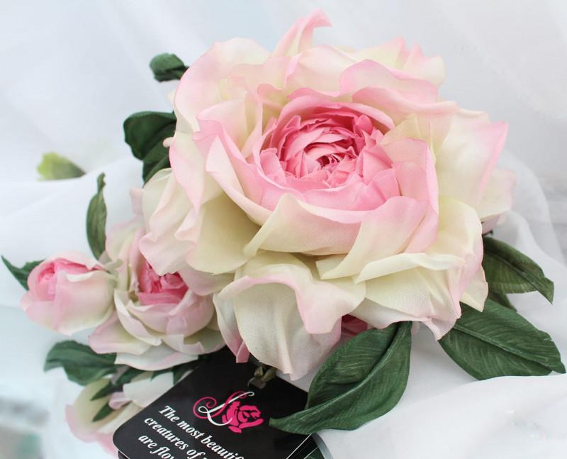 Брошь роза «Королева Роз». Цветы из ткани