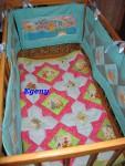Комплект мягких бортиков для детской кроватки.
