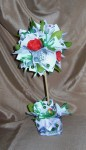 Денежное деревце с цветами.