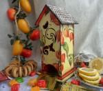 Чайный домик, может быть оригинальным подарком.