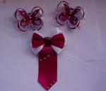 Набор для маленькой леди. Две резинки и галстук-брошь