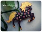 Брошки деревянные *Лошадь*