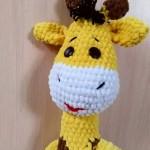 Вязанный жираф