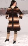 Пальто «Зимняя Сказка» вязанное из собачьей шерсти .