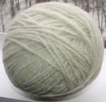 Пряжа шерстяная белая «Альпака» 210м 100грамм.