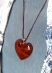 Сердце из ядра каповой березы